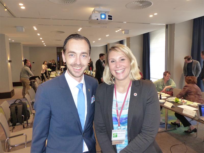 Die neue Chapterdirektorin Janine Freisberg gemeinsam mit Florian Leisentritt, Hoteldirektor im